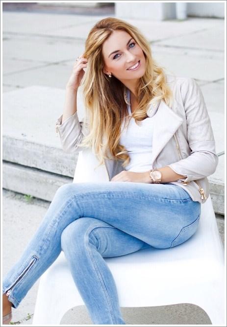 Caroline Verhoosel